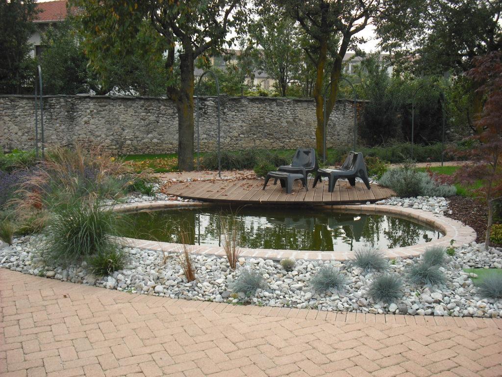 Questa immagine ha l'attributo alt vuoto; il nome del file è immagini-giardini-070-1024x768.jpg